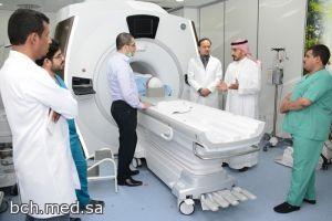 بحضور مدير المستشفى قسم الأشعة يُدشن جهاز الرنين المغناطيسي