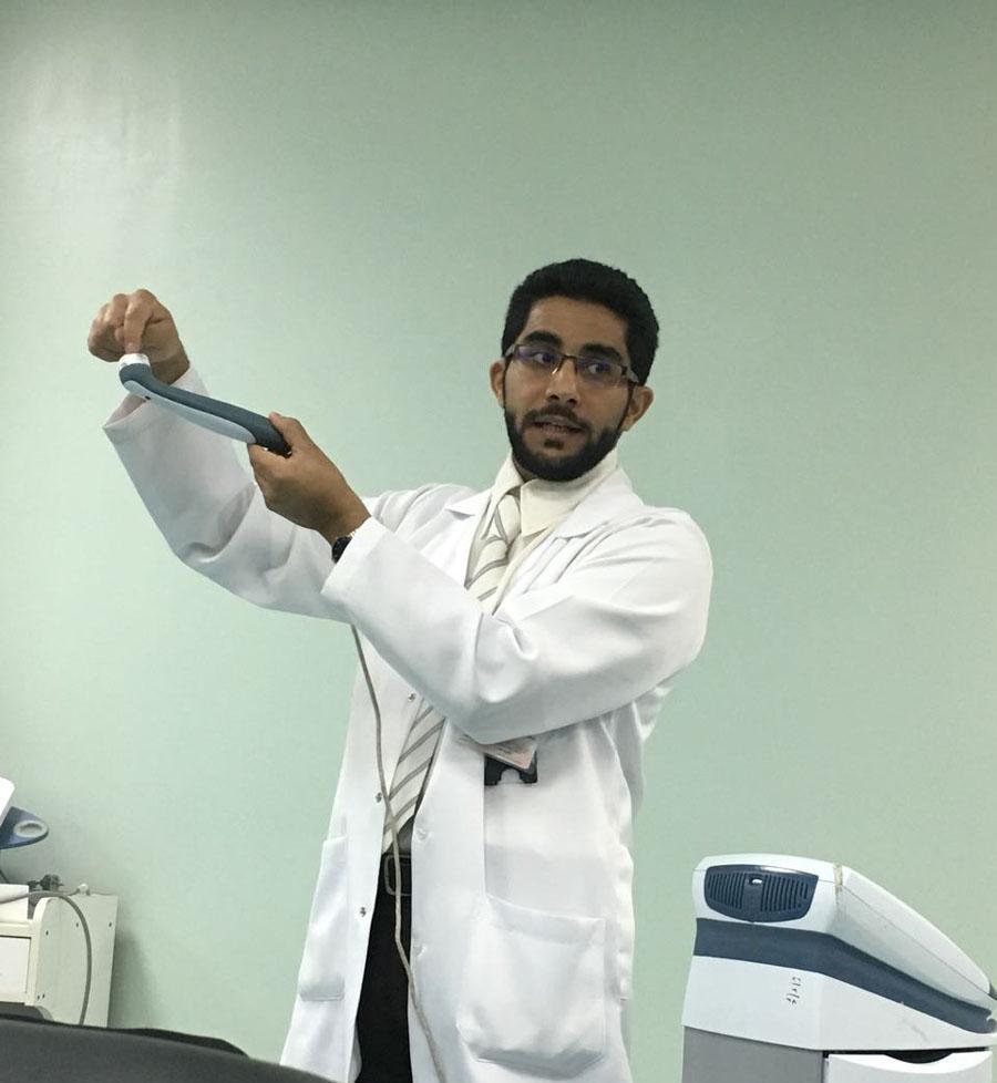 العلاج الطبيعي بالمستشفى يقيم ورشة عمل لـ 165 طالبة من كلية التأهيل بجامعة القصيم