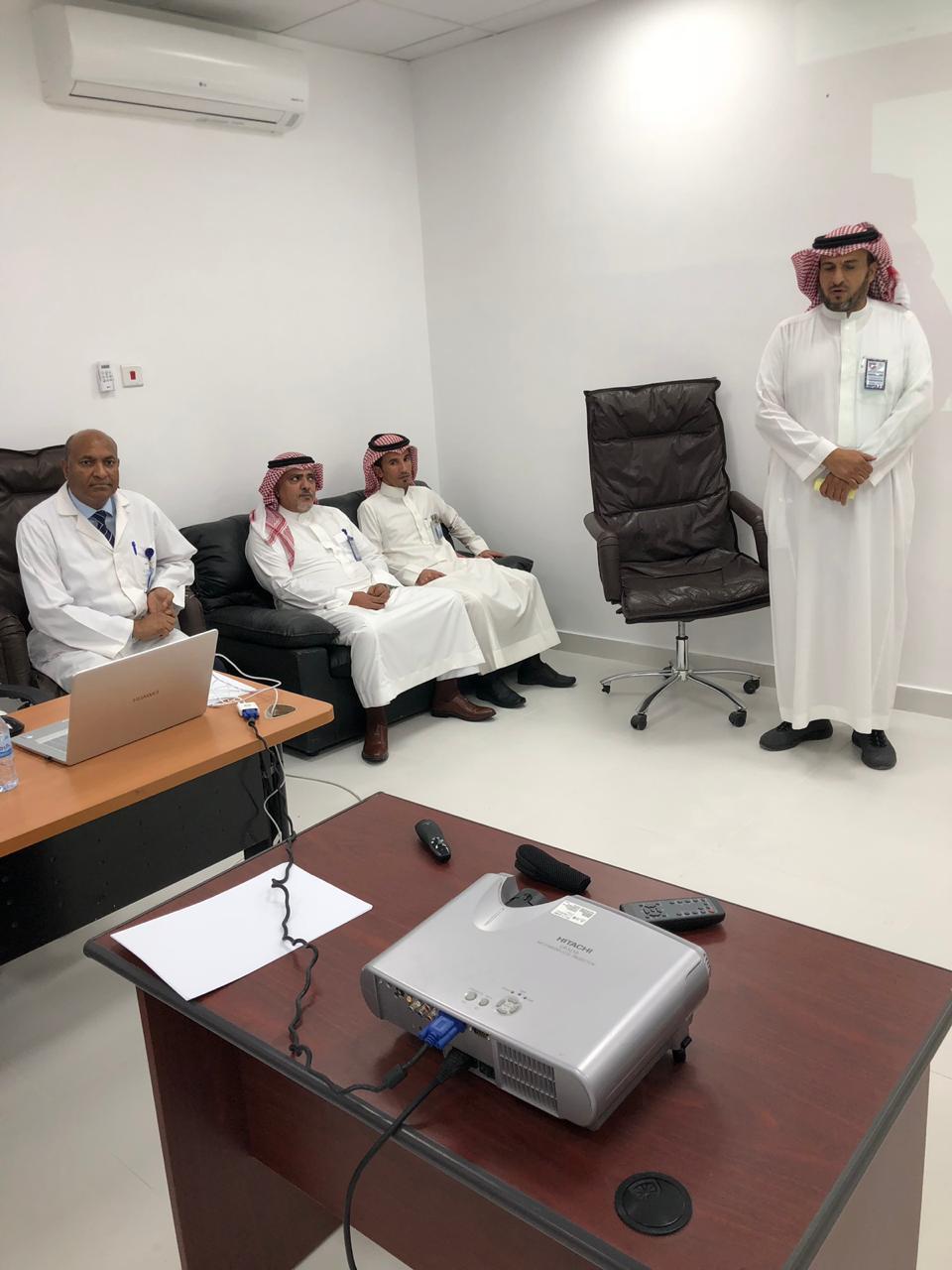 """الصحة العامة بمستشفى بريدة المركزي تنظم دورة تدريبية  في """"تعزيز منهج طب الأسرة"""""""