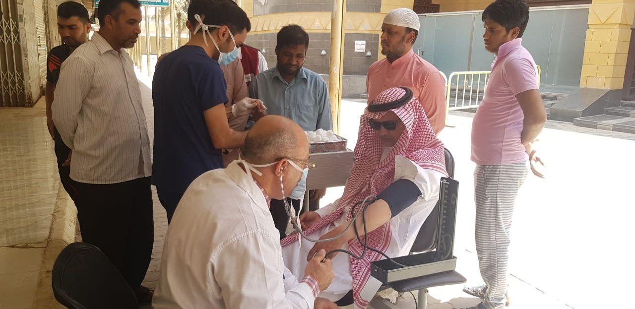 مركز صحي الخبيب يفعل حملة #صم_بصحة بجامع الإمام محمد بن عبد الوهاب